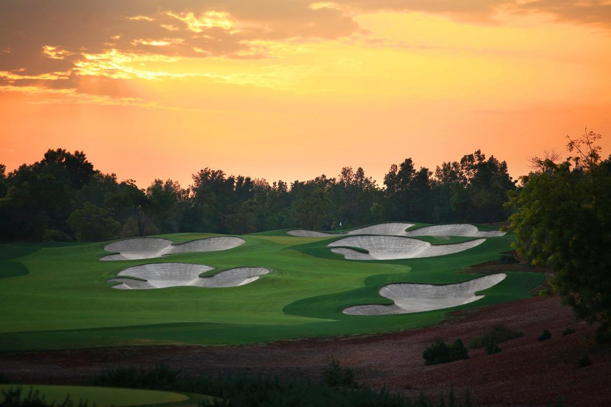 Jumeirah Golf Estates Earth 5th