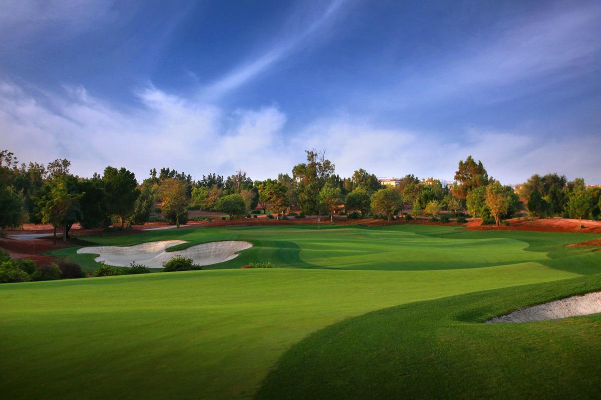 Jumeirah Golf Estates  Earth 8th